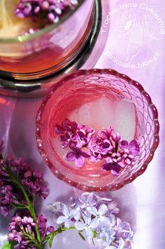 Lilac lemonade. Syrop z bzu lilaka. Lemoniada z lilaka