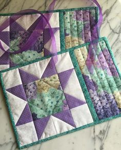 Shabby Chic Mug Rugs - Mini Quilts - Place Mats - Candle Mats - Lavender - Teal - White - Sawtooth Star - Set of 2 Shabby Chic Quilt Patterns, Shabby Chic Quilts, Mug Rug Patterns, Quilt Patterns Free, Placemat Patterns, Canvas Patterns, Table Runner And Placemats, Quilted Table Runners, Small Quilt Projects