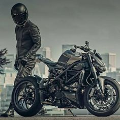 Insanely cool photo of this custom Streetfighter and it's mean looking rider!