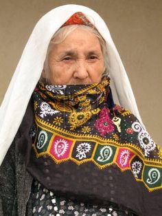 Elderly Turkmen woman, Turkmenistan.
