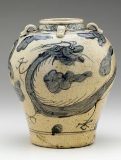 Zhangzhou ware jar with dragon design late 16th-early 17th century | Ming dynasty | Porcelain with cobalt pigment under clear, colorless glaze | China | Gift of Charles Lang Freer | Freer Gallery of Art | F1906.18