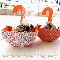 Ιδέες για δασκάλους:Κέρασμα ομπρελίτσα! Diy And Crafts, Crafts For Kids, Paper Machine, Applique Letters, Craft Box, Deco Table, Happy Baby, Paper Toys, Custom Boxes