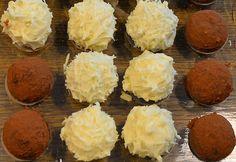 Tiramisu - balls - No Bake Desserts Chocolate No Bake Chocolate Desserts, No Bake Desserts, Xmas Food, Christmas Desserts, Cookies Et Biscuits, Cake Cookies, Diy Truffles, Candy Recipes, Dessert Recipes