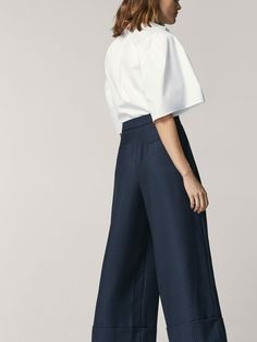 Spring summer 2017 Women´s CULOTTE FIT CHECKED TROUSERS at Massimo Dutti for 74.95. Effortless elegance!