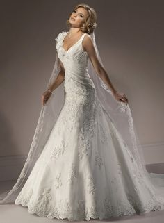 Florencia - by Maggie Sottero