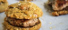 These bacon herb biscuits are amazing. They are simple to make and always a comfort food breakfast staple. If you are Auto-immune paleo go for it too :) Paleo Breakfast, Breakfast Recipes, Civilized Caveman, Paleo Bread, Autoimmune Paleo, Nutritious Meals, Paleo Meals, Paleo Recipes, Healthy Foods