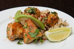 Cilantro lime chicken - sounds tasty and easy! Chili Lime Chicken, Cilantro Chicken, Garlic Chicken, Paleo Recipes, Cooking Recipes, Recipes Dinner, Breaded Pork Chops, Clean Eating, Healthy Eating
