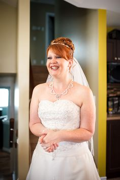 Durham Region Oshawa Whitby Ajax Pickering Northumberland Cobourg Professional Wedding Photographer Ackland Photography Bridal Bride Groom Prep