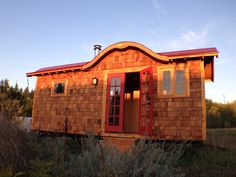 The Little Bird tiny house. A 176 sq ft home in Portland, Oregon, designed by Zyl Vardos.