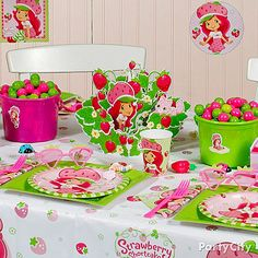 Create a Berry Bitty City for your little girl and all her friends with Strawberry Shortcake table and room decorations!