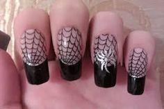 Manicure..