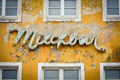 Weekly Photo Challenge: Wall – Milchbar Stralsund