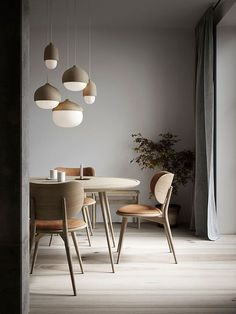 Hanging lamp TERHO LAMP- Hängeleuchte TERHO LAMP Danish design pendant lights in a round shape with a lime wood frame for modern living rooms -
