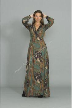 VESTIDO LARGO PALMERAS ESCOTE PICO www.dencantoonline.com Victorian, Dresses, Fashion, Palm Trees, Long Gowns, Plunging Neckline, Store, Wedding, Vestidos
