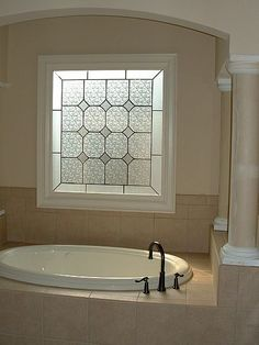 Add the look of a stained glass window with Faux Stained Glass (FSG) by Made in the Shade.Blinds & More! Faux Stained Glass on garden tub window by Made in the Shade.Blinds & More! Bathroom Window Dressing, Bathroom Window Privacy, Bathroom Window Treatments, Bathroom Blinds, Master Bathroom, Privacy Glass, Basement Bathroom, White Bathroom, Small Bathroom