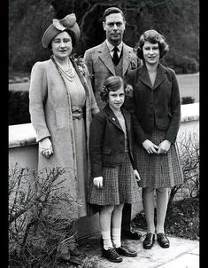 April King George VI and Queen Elizabeth (later the Queen Mother) with their daughters Princess Elizabeth (later Queen Elizabeth II )and Princess Margaret, in the grounds of Windsor Castle during World War Two. Elizabeth Philip, Queen Elizabeth Ii, George Vi, Queen Mother, Queen Mary, Winston Churchill, British Royal Families, Her Majesty The Queen, Queen Of England