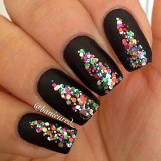 black nails with colors - Uñas negras con colores
