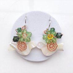 Bird Earring/Dangle earring/Blue Pearl earring/Green by PastelGems