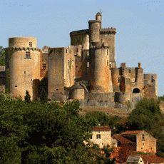 le château de Bonaguil Fumel  Lot-et-Garonne France. Construit au 15ème siècle,par le puissant Seigneur Bérenger de Roquefeuil (1448-1530),