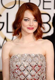 Golden Globes 2015 Red Carpet Beauty: Emma Stone  #red #lipstick #eyeliner #waves #bob