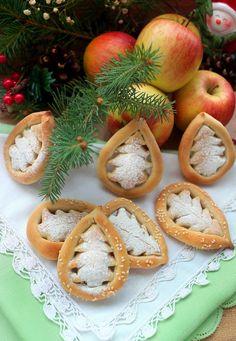 Опитайте ...: Плоски питки /колачета/ със сусамов тахан и мед