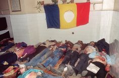 The bodies of people killed in the fight Romanian Revolution, Serial Killers, Cold War, Childhood Memories, Bodies, Christmas, People, Flag, Politics