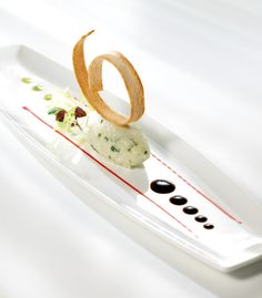 Diplomat Hotel Roquefort Mousse with Pears and asperrya Vinaigrette Tapas Menu, Dessert Presentation, Western Food, Food Decoration, Molecular Gastronomy, Culinary Arts, Plated Desserts, Creative Food, Food Design