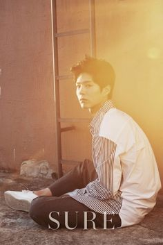 Park Bo Gum is Casually Handsome for Sure Korea October Edition Korean Star, Korean Men, Korean Actors, Korean Dramas, Kdrama, Max Movie, Park Bogum, Moonlight Drawn By Clouds, Yoo Ah In