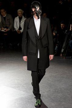 Comme des Garçons Fall 2014 Menswear Collection Slideshow on Style.com