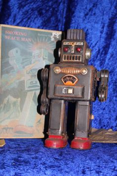 Vintage Tin Toy Smoking Space Man by GrozShop on Etsy, €90.00
