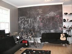garage turns music room- Caidan and I will need this!!!