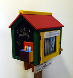 Painted with kid-friendly colors and a special chalkboard paint on 3 sides, the Color Time Library – Special Chalkboard Edition is ideal for community centers, schools, day care centers or anywhere with lots of children passing through ...