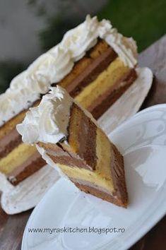 Myra's kitchen: Tort cioco-vanilie Sweets Recipes, Cake Recipes, Torte Recepti, Italian Pastries, Bulgarian Recipes, Desert Recipes, Vegan Desserts, Yummy Cakes, Fudge