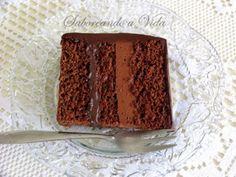 saboreando a vida: Bolo de Festa de Chocolate, Mousse de Chocolate e Brigadeiro de Cappuccino
