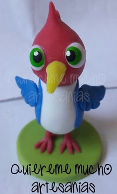 SOUVENIR PAJARO LOCO ZENON PORCELANA FRIA CANCIONES DE LA GRANJA Gallo Pinto, Clay Birds, Kids Party Themes, Clay Figures, Clay Animals, Air Dry Clay, Animals Images, Photo Displays, Sanrio