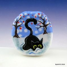 """HUNTING SNOWFLAKES"" byKAYO a Handmade WINTER CAT Lampwork Glass Focal Bead SRA #Lampwork"