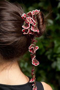 Oya Turkish needle lace necklace. CocoonTribalchase on Etsy.