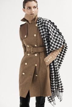 Shop tweed women's coats at Holland Cooper, the home of luxury British made clothing. Tweed Outfit, Houndstooth Scarf, Peg Trousers, Types Of Coats, Vogue, Black Blazers, Coats For Women, Wool Blend, Autumn Fashion
