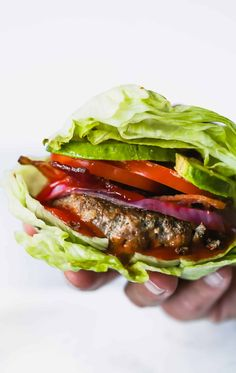 If youre looking for a quick low-carb option to your favorite burger recipe Im sure you will lovethese Easy Low-carb Bunless Burgers recipe made with ground turkey paprika chili powder cumin and garlic! Very flavorful and guilt-free also. Paleo Burger, Healthy Burger Recipes, Bunless Burger, Low Carb Burger, Turkey Burger Recipes, Paleo Recipes, Low Carb Recipes, Healthy Grilling, Turkey Burgers