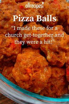 Mar 2020 - Sausage pizza balls make a great appetizer or snack. They're like whole pizzas that can be popped into your mouth in a single bite! Omit the green bell peppers and onions, if desired. Fingerfood Recipes, Potluck Recipes, Appetizer Recipes, Beef Recipes, Snack Recipes, Cooking Recipes, Pizza Recipes, Italian Recipes, Recipies