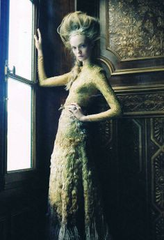 """lady of the house"", nimue smit 2011"