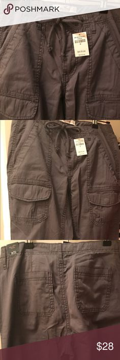 Super Cute Cargo/Jogger Pants A perfect counterpoint for pairing with this season's frills and ruffles, utility-cool cargo joggers feature an elasticized bottom with multi pocket styling and a drawstring waist. Hollister Pants Track Pants & Joggers