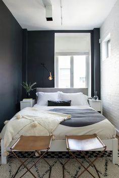 30 Affordable Bedroom Ideas For Your Tiny Apartment To Try Small Bedroom Ideas Affordable Apartment Bedroom Ideas Tiny Small Apartment Bedrooms, Apartment Bedroom Decor, Small Apartments, Small Spaces, Tiny Bedrooms, Cozy Bedroom, Cozy Apartment, Trendy Bedroom, Small Small