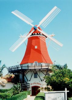 Red & white windmill