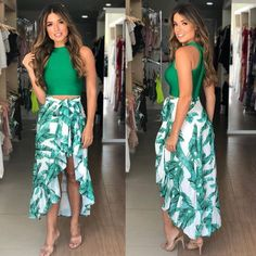 New womens fashion beach vacations maxi skirts 53 ideas Luau Outfits, Hawaii Outfits, Skirt Outfits, Casual Dresses, Fashion Dresses, Summer Dresses, Luau Dress, Tropical Outfit, Jumpsuit Dress
