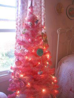 Pink Christmas Tree, 2013 Hot Pink Christmas tree, Pink Christmas tree for 2013