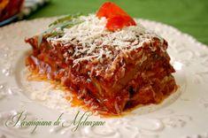 Parmigiana di melanzane - Retete culinare by Teo's Kitchen A Food, Good Food, Meatloaf, Lasagna, Italian Recipes, Vegetarian Recipes, Favorite Recipes, Lunch, Vegan