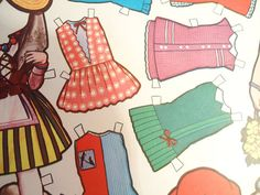 The Spanish Paper Dolls.80s by SweetVintageGoods on Etsy, $11.95