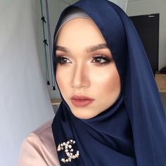 Makeup throwback for #sephoramyturns5 wish i could be there! 😭 #nabihabadjenidmakeup #tudungpeople