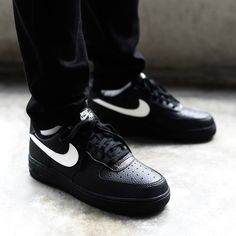 new concept d3ac2 407e2 Buy Premium Mens and Women Nike Air Force 1 Low Black White Swoosh online.